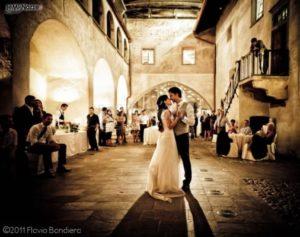 """foto-del-ballo-degli-sposi-300x237 Quando Fare il Matrimonio"""" Mario Pompeiani Dj - Matrimoni, eventi, congressi, meeting aziendali, compleanni, sagre e fiere matrimonio a bergamo"""