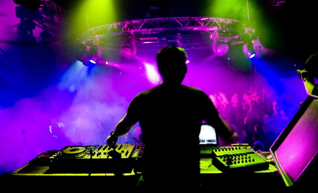Mario Dj Music Art Events- dj per matrimoni, eventi, compleanni, discoteche, sagre, fiere a bergamo